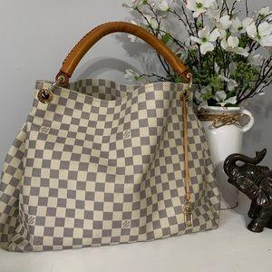 Louis Vuitton 💗